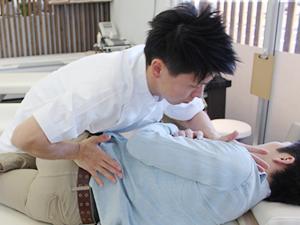 ふくろう整骨院の腰痛治療法